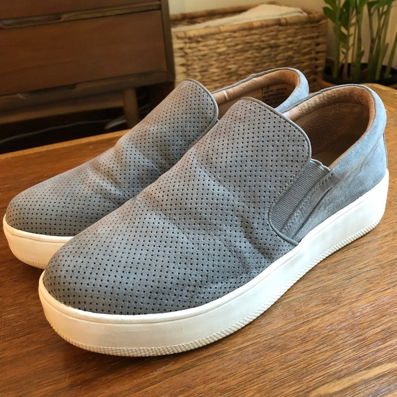 b70baf088f2 Steve Madden Genette Platform Sneaker. M 5b5b4cfe7386bc73c3fe85ed